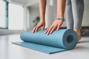 Procura Academia de yoga?