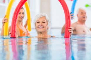 Buscando aula hidroginástica para idosos?