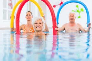 Quer saber mais sobre hidroginástica para idosos?